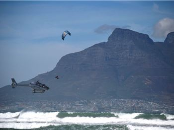Pro's boost double-kite-high in Cape Town - King of the Air - Kitesurfing News