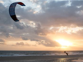 Chapter One - A story about how kiteboarding became great. - Kitesurfing News