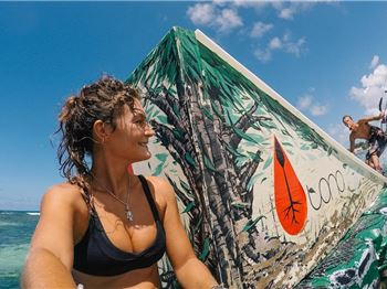 Kite Chicks on Social Media Vs Real Life (not always sexy!) - Kitesurfing News