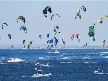 Iconic West Aussie kiteboarding race returns! - Kitesurfing News