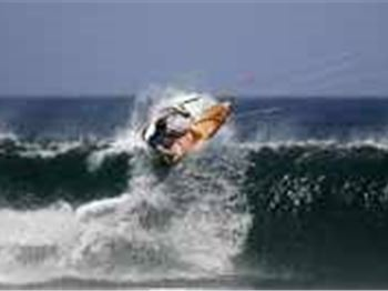 Wave Riding Tips - Backhand, by Ben Wilson - Kitesurfing Articles