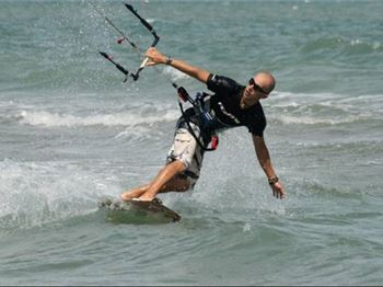 How to ride toeside - Kitesurfing Articles